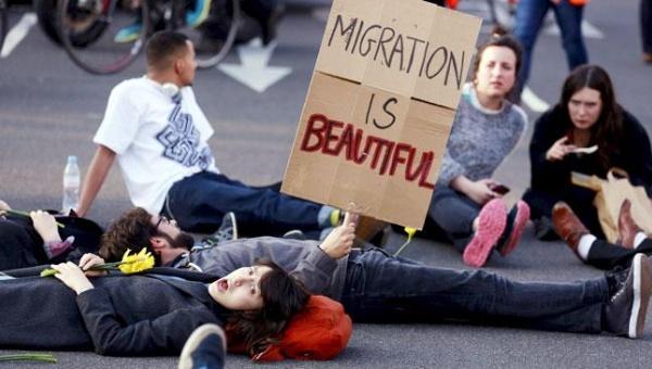 migrants_story_650_042415085204_crop1429911176022.jpg_1718483346